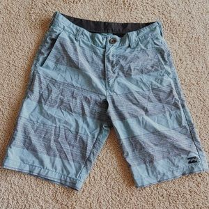 Billabong board shorts mens size 28